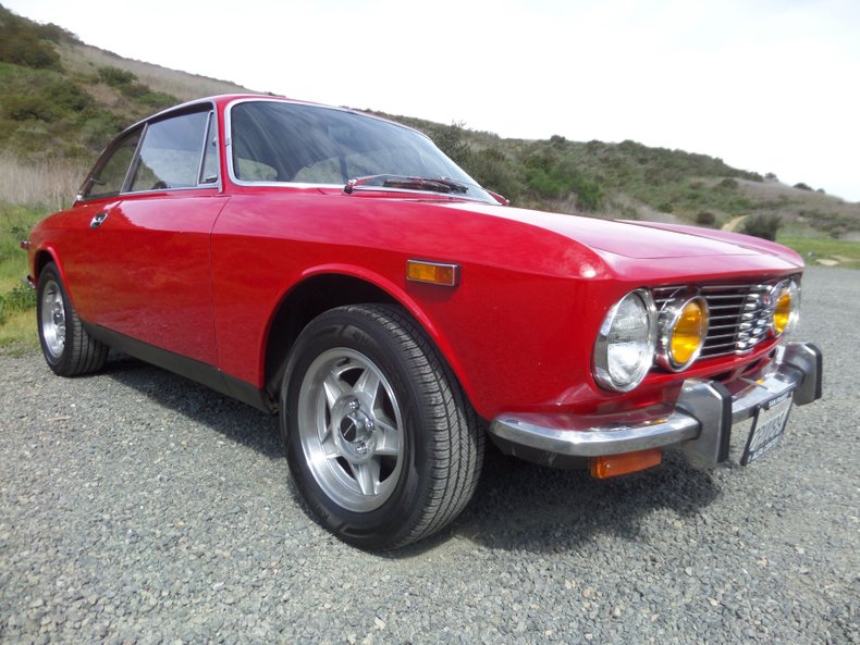 1973 Alfa Romeo GTV 1