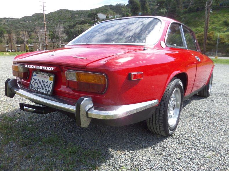 1973 Alfa Romeo GTV 5