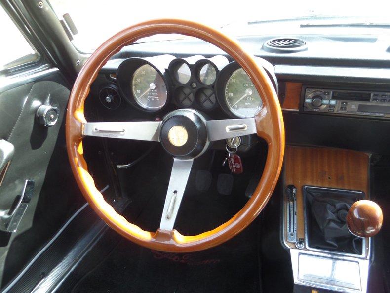 1973 Alfa Romeo GTV 18