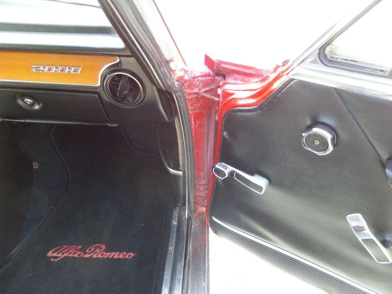 1973 Alfa Romeo GTV 27