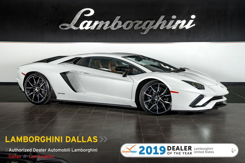 2017 Lamborghini Aventador S For Sale