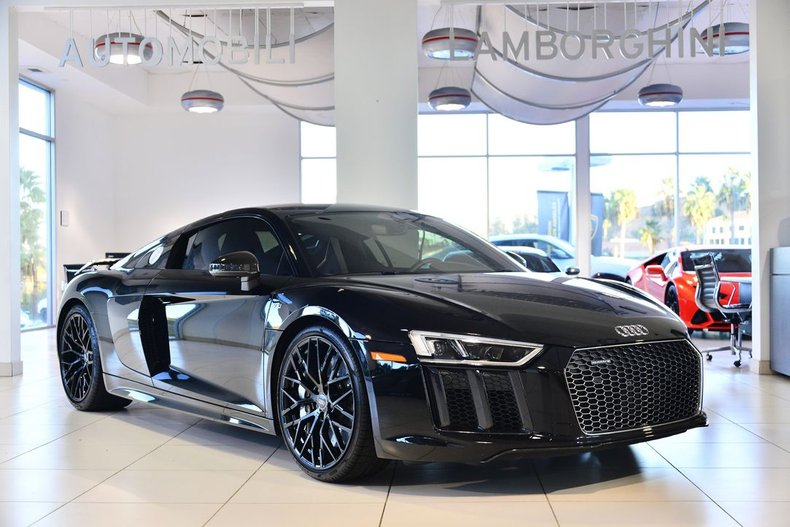2017 Audi R8 PLUS COUPE For Sale
