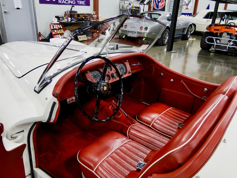 1956 Jaguar XK140 23