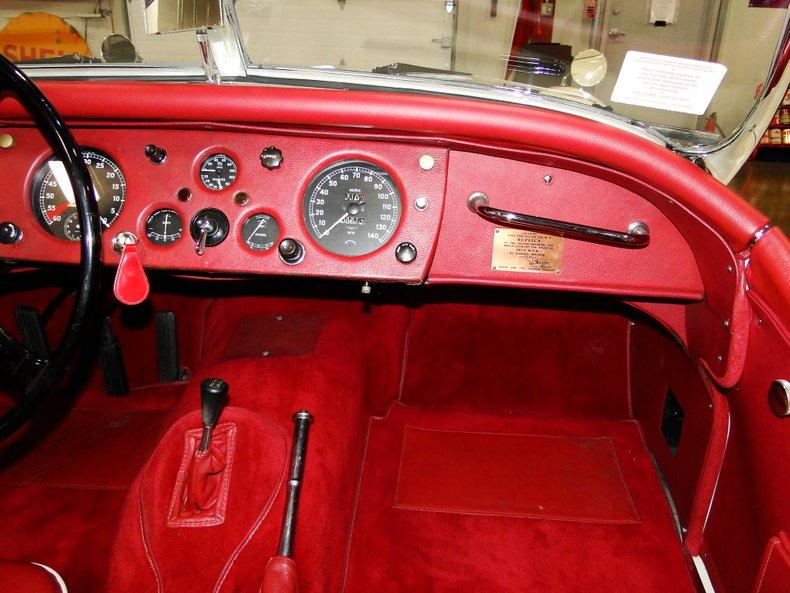 1956 Jaguar XK140 32
