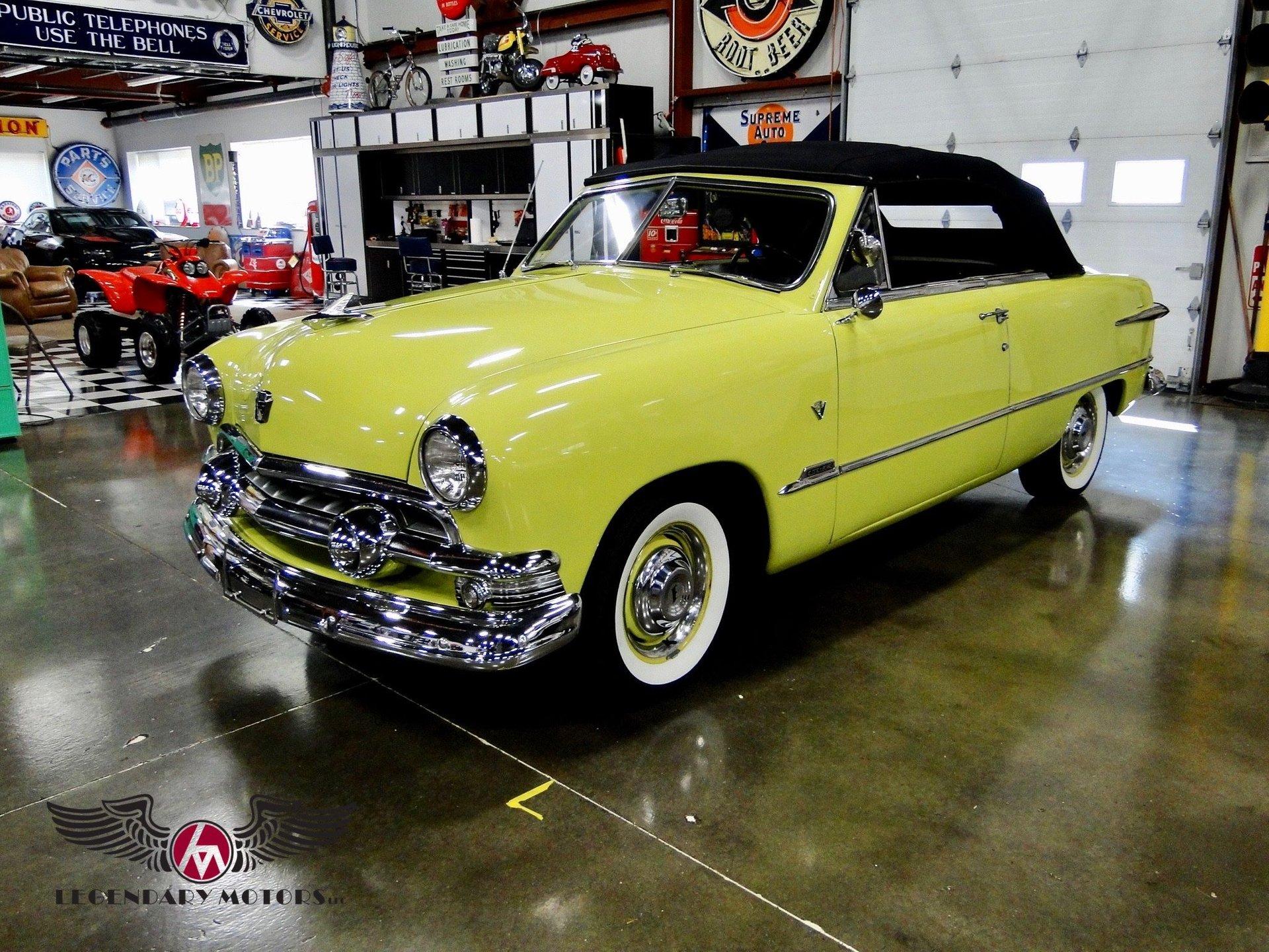 1951 ford victoria custom
