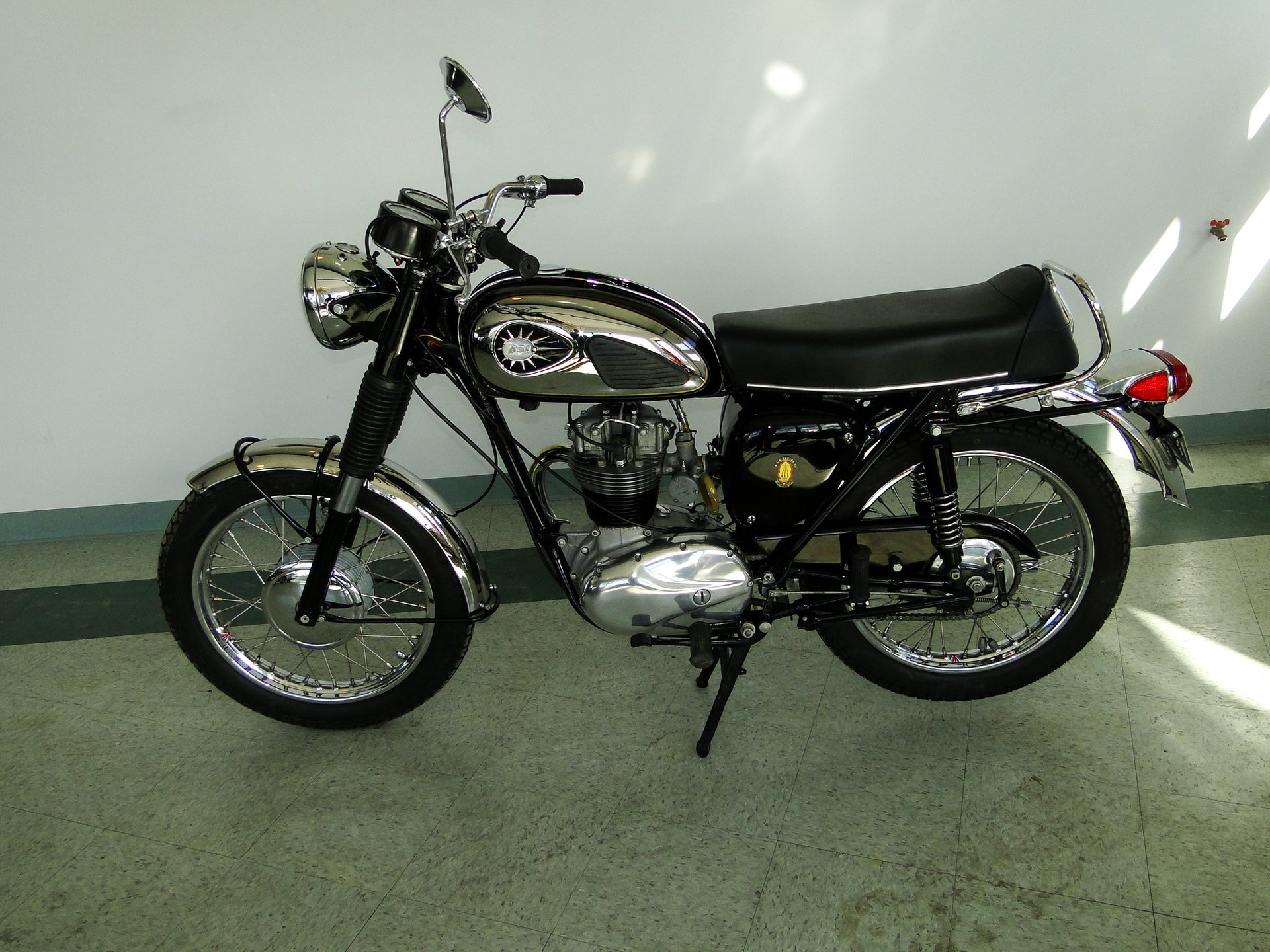 1965 bsa motorcycle