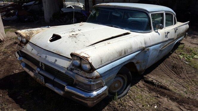 1958 Ford Sedan