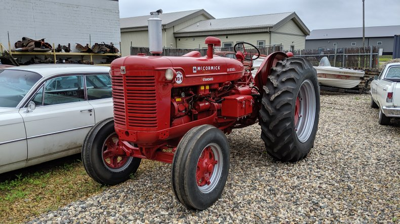 1956 International McCormick SUPER WD-9 STANDARD