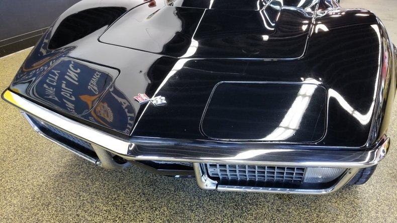 1972 Chevrolet Corvette 8