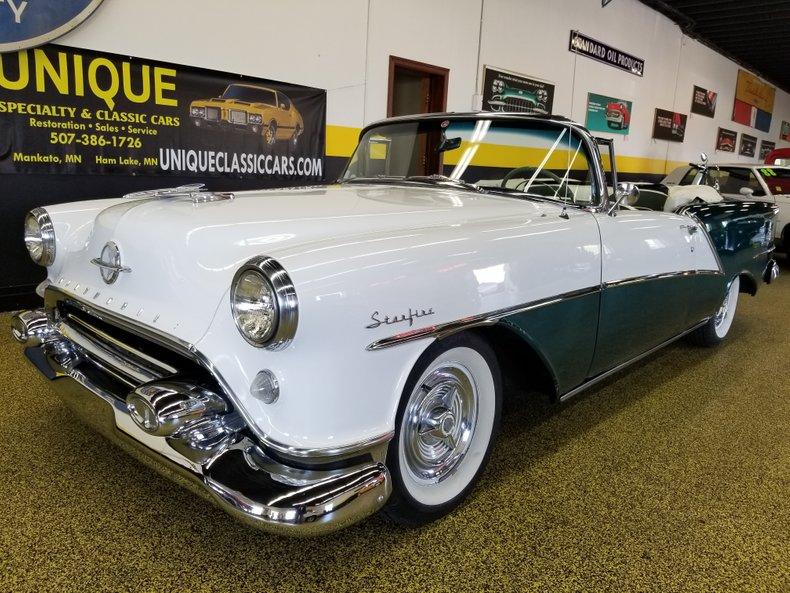 1954 Oldsmobile 98 STARFIRE