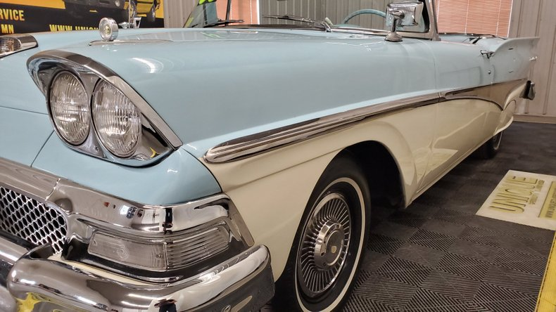 1958 Ford Fairlane 500 8