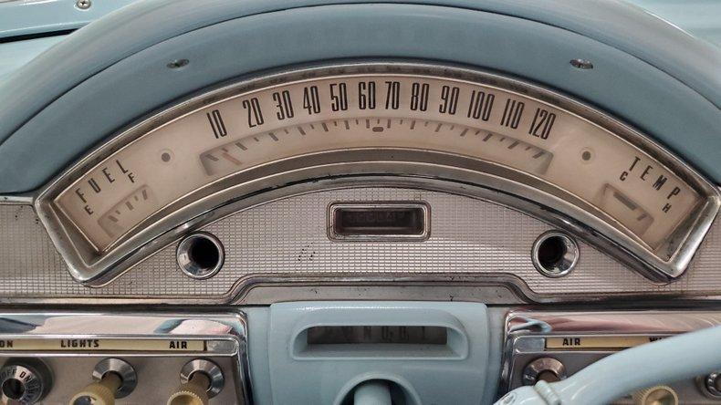 1958 Ford Fairlane 500 26