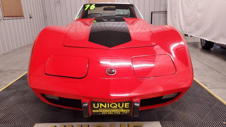 1976 Chevrolet Corvette 9