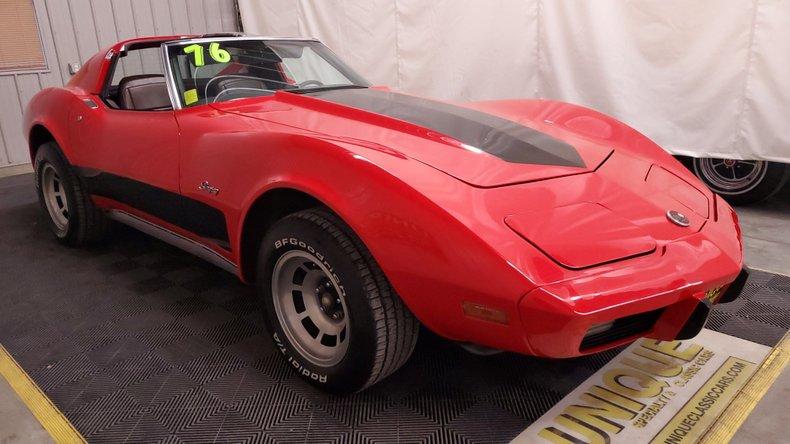 1976 Chevrolet Corvette 10