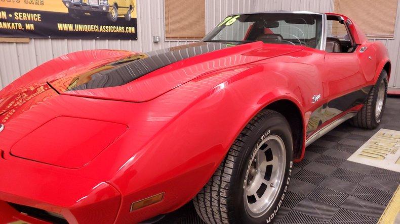 1976 Chevrolet Corvette 15