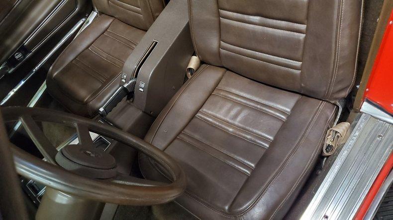 1976 Chevrolet Corvette 30