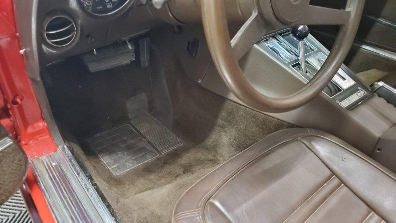 1976 Chevrolet Corvette 29