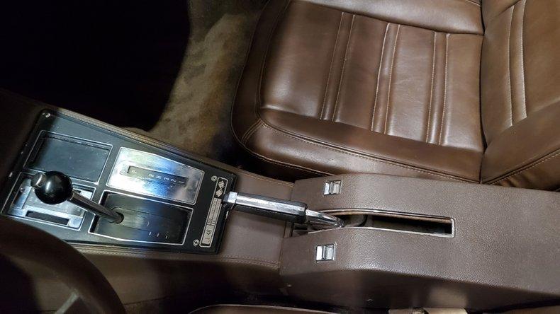 1976 Chevrolet Corvette 37