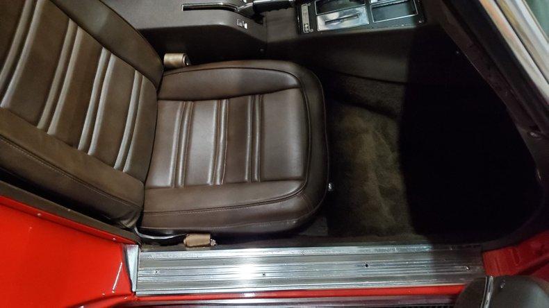 1976 Chevrolet Corvette 41