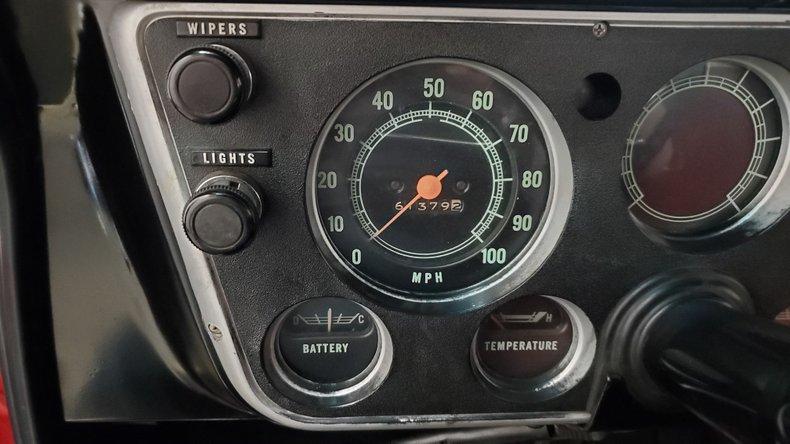 1967 Chevrolet C10 32