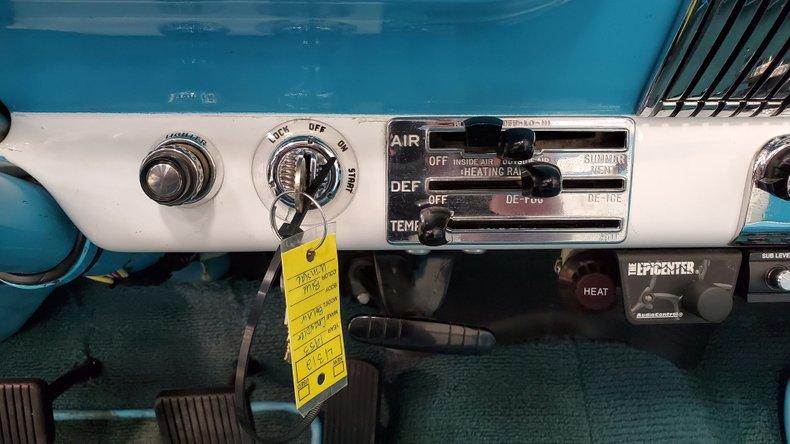 1953 Chevrolet Bel Air 29