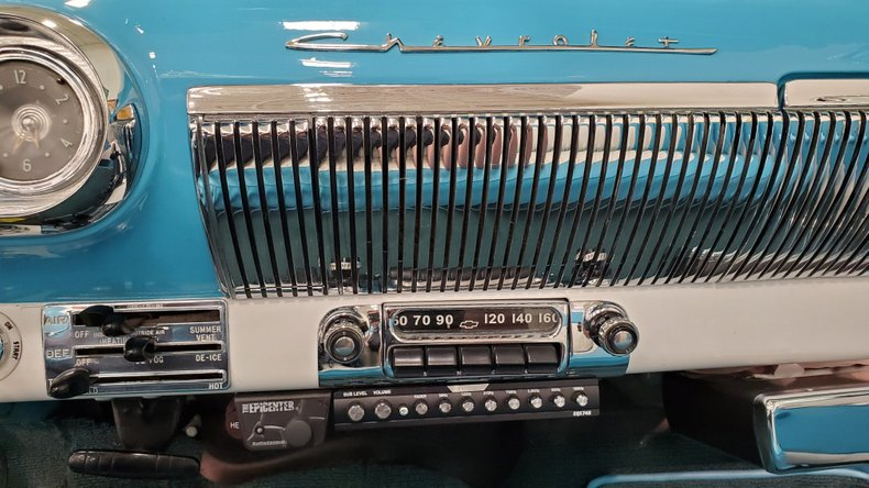 1953 Chevrolet Bel Air 30