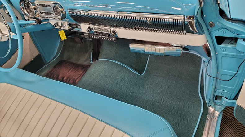 1953 Chevrolet Bel Air 38