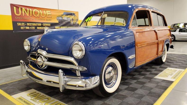 1949 Ford 2 Door Custom