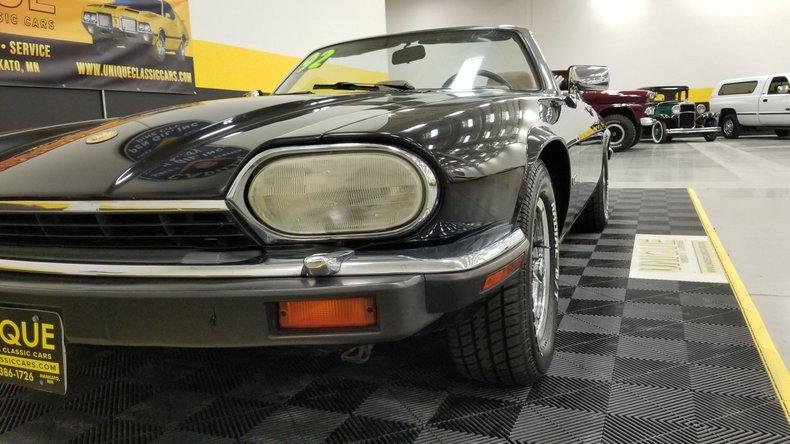 1992 Jaguar XJS V12 Convertible 9