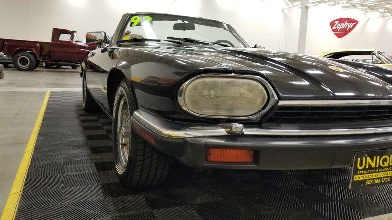 1992 Jaguar XJS V12 Convertible 8