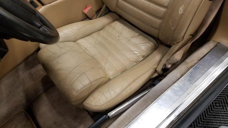 1992 Jaguar XJS V12 Convertible 32