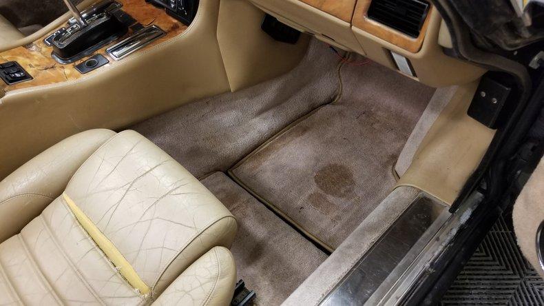 1992 Jaguar XJS V12 Convertible 47
