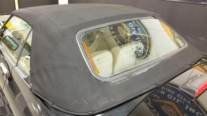 1992 Jaguar XJS V12 Convertible 21