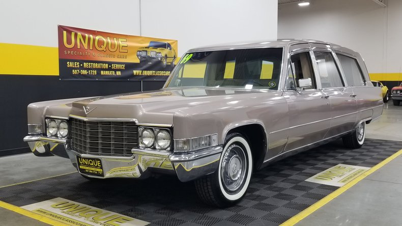 1969 Cadillac Superior Royale Limo Style Coach