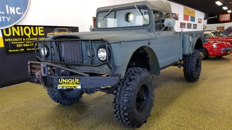 1967 Kaiser Jeep