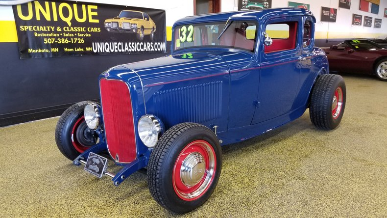 1932 Ford Deluxe 5 Window Highboy Coupe