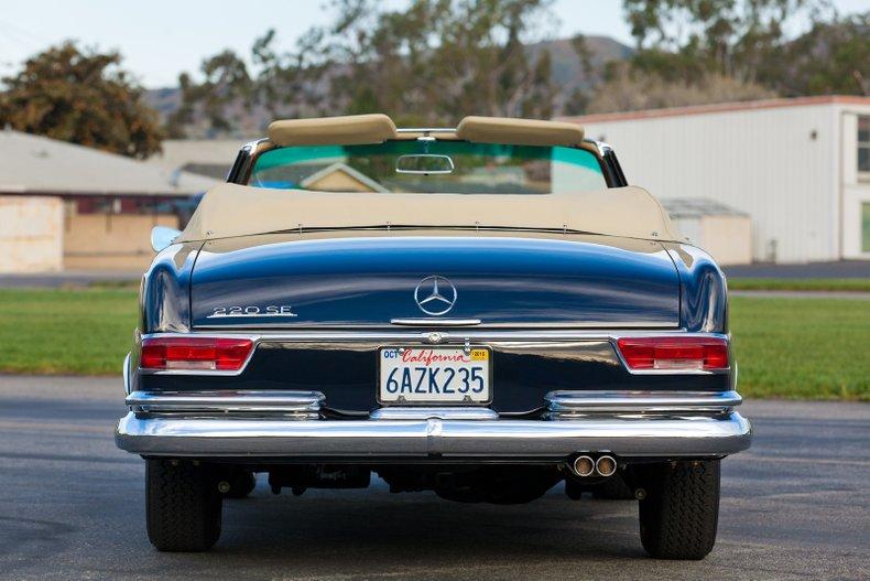 1965 Mercedes-Benz 220SEb