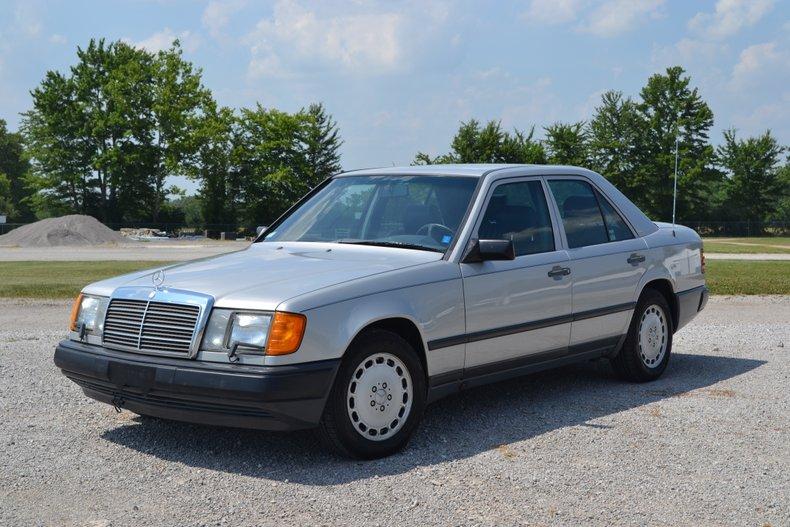 1987 Mercedes-Benz 300D
