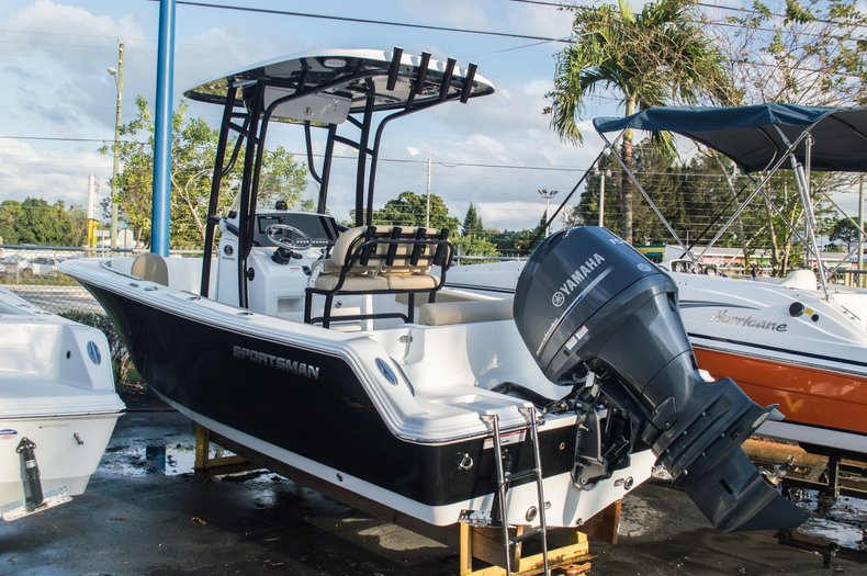 Photo for 2015 Sportsman Open 212 Center Console