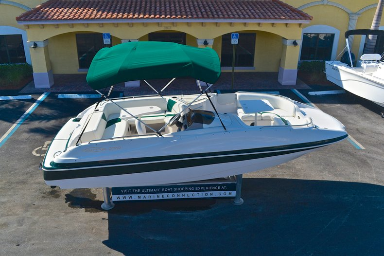 Used 2000 Tahoe 220 Deck Boat boat for sale in West Palm