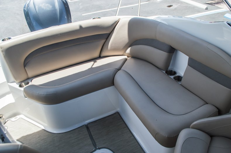 Thumbnail 41 for New 2015 Hurricane SunDeck SD 2400 OB boat for sale in West Palm Beach, FL