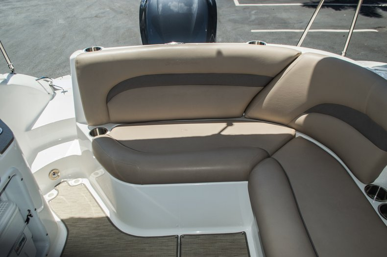Thumbnail 43 for New 2015 Hurricane SunDeck SD 2400 OB boat for sale in West Palm Beach, FL