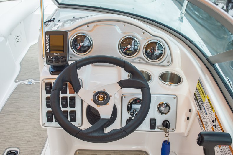 Thumbnail 26 for Used 2013 Hurricane SunDeck SD 2000 OB boat for sale in West Palm Beach, FL