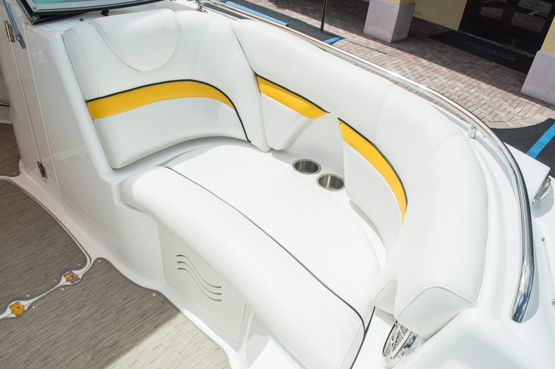 Thumbnail 41 for Used 2013 Hurricane SunDeck SD 2000 OB boat for sale in West Palm Beach, FL