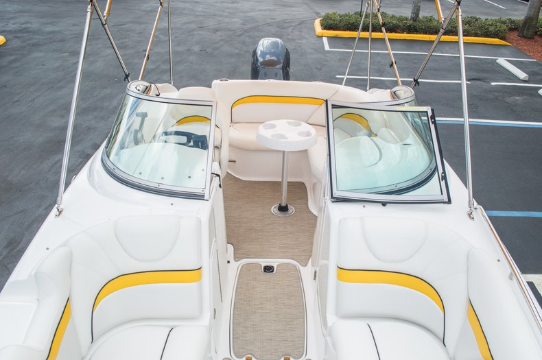 Thumbnail 47 for Used 2013 Hurricane SunDeck SD 2000 OB boat for sale in West Palm Beach, FL