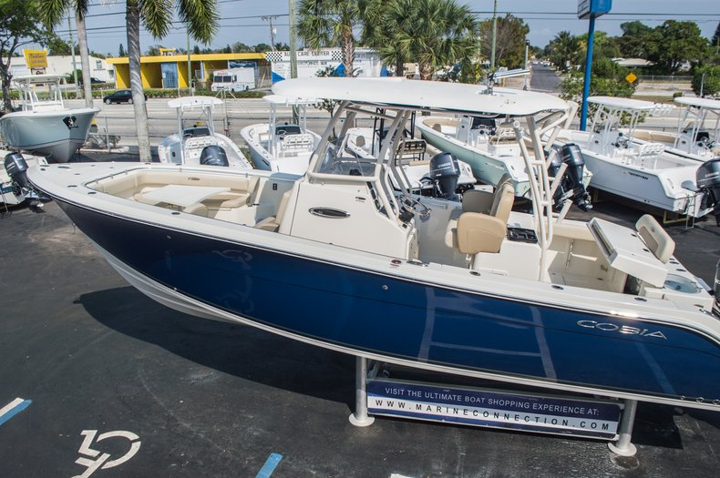 Thumbnail 8 for New 2015 Cobia 296 Center Console boat for sale in West Palm Beach, FL