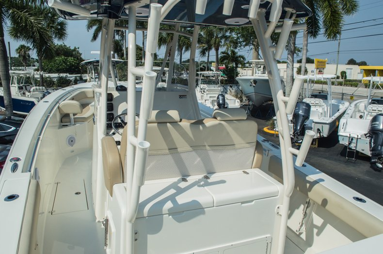 Thumbnail 11 for New 2015 Cobia 296 Center Console boat for sale in West Palm Beach, FL