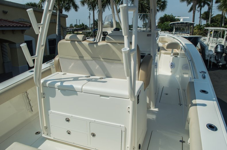 Thumbnail 12 for New 2015 Cobia 296 Center Console boat for sale in West Palm Beach, FL