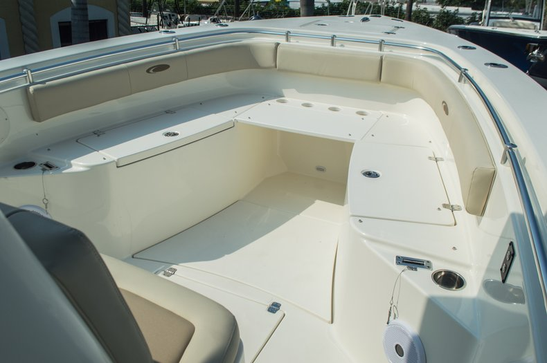 Thumbnail 17 for New 2015 Cobia 296 Center Console boat for sale in West Palm Beach, FL