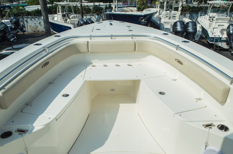 Thumbnail 18 for New 2015 Cobia 296 Center Console boat for sale in West Palm Beach, FL
